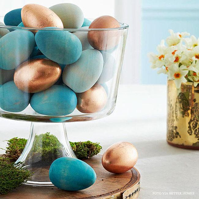 04 ovos coloridos